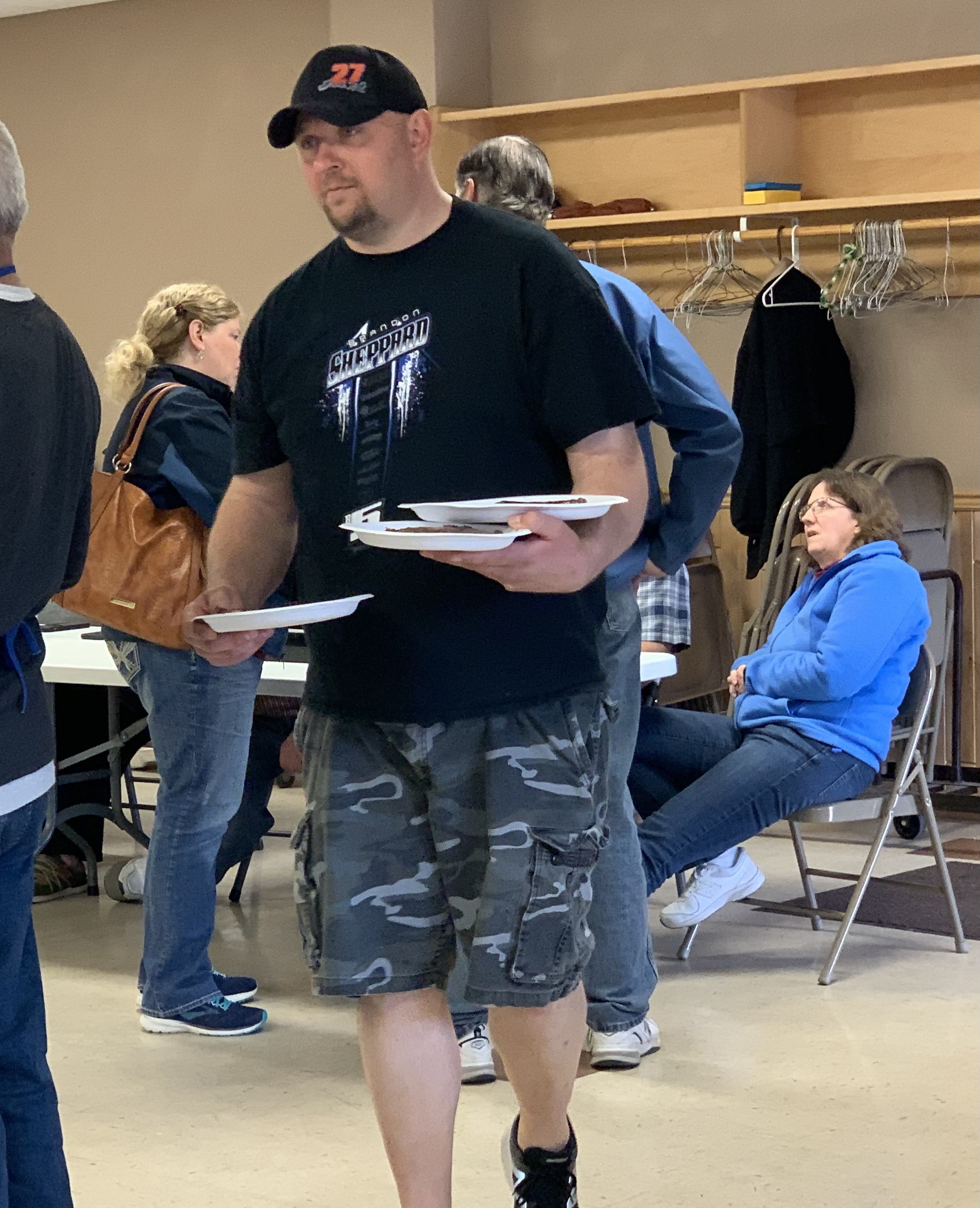 Lions Club Vice President Steve Reinert delivers steaks to hungry Tigerton residents on May 8. Reinert spent the whole evening grilling steaks and delivering them to visitors.Luke Reimer   NEW Media