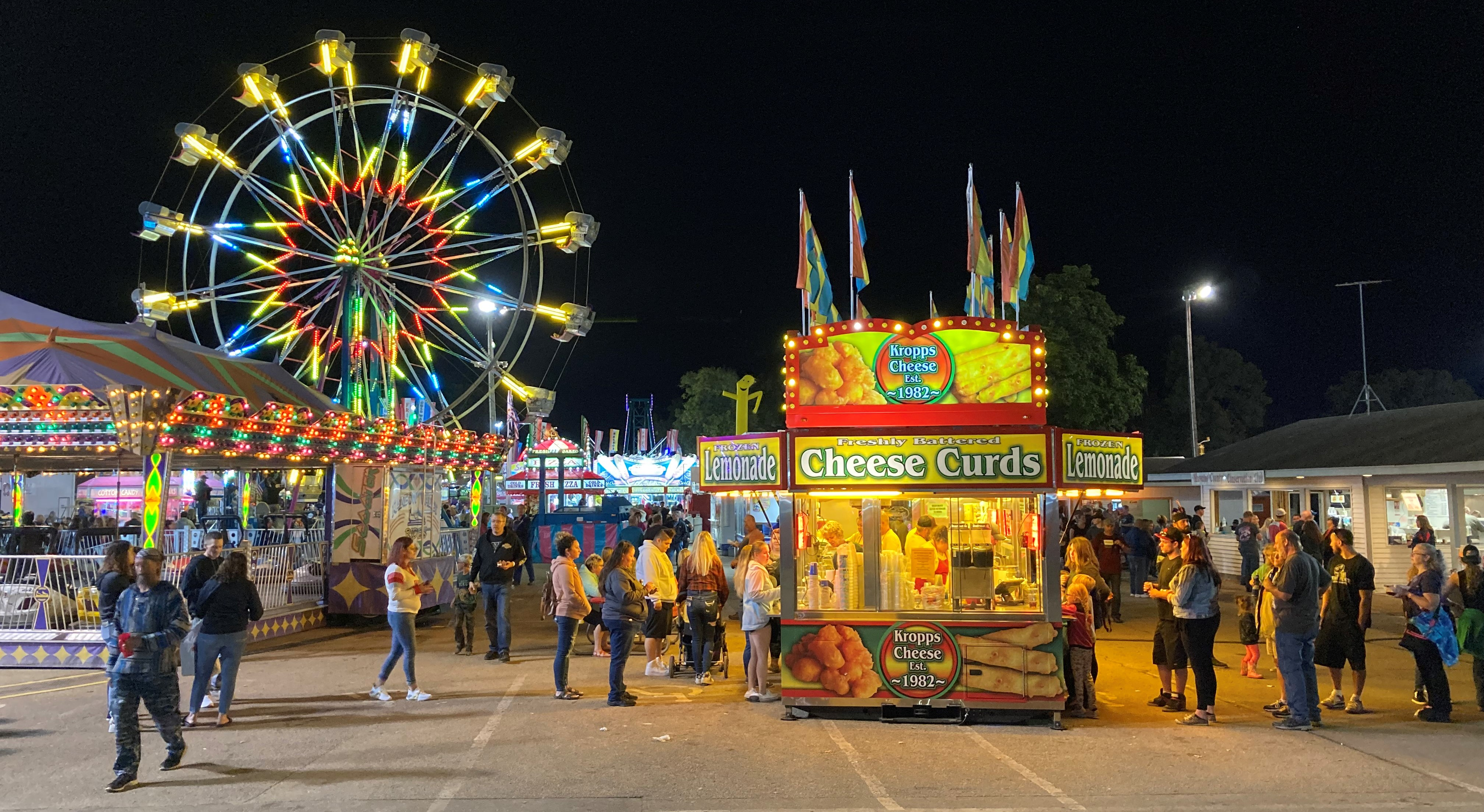 Cooler temperatures didn&#039;t slow visitors from having a fun time at the Shawano County Fair on Sept. 4.<br />(Morgan Rode   NEW Media)
