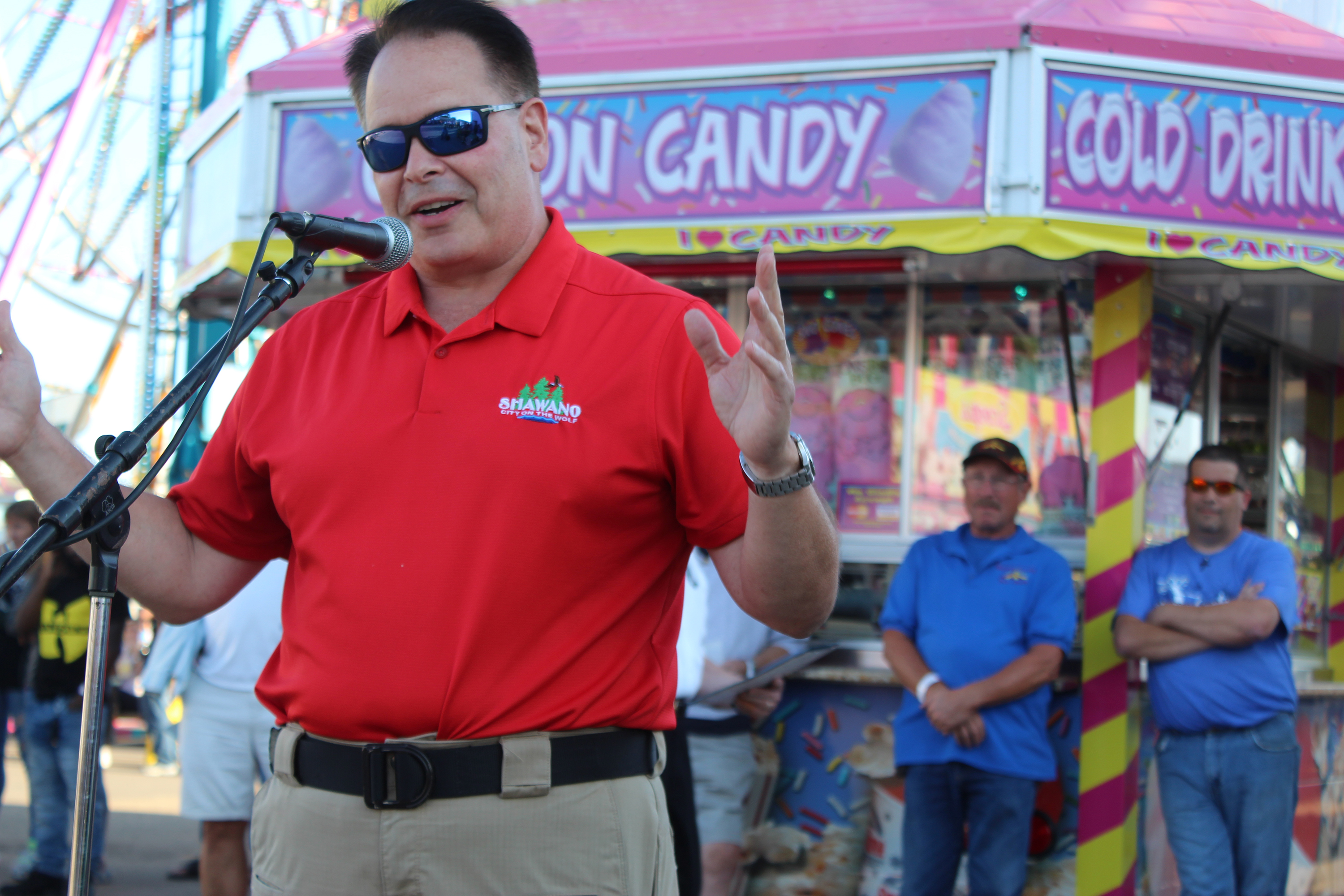 Shawano Mayor Bruce Milavitz welcomes the crowd to the 140th Shawano County Fair on Sept. 1, telling everyone that a lot of work goes into making the fair a success every year.(Lee Pulaski   NEW Media)