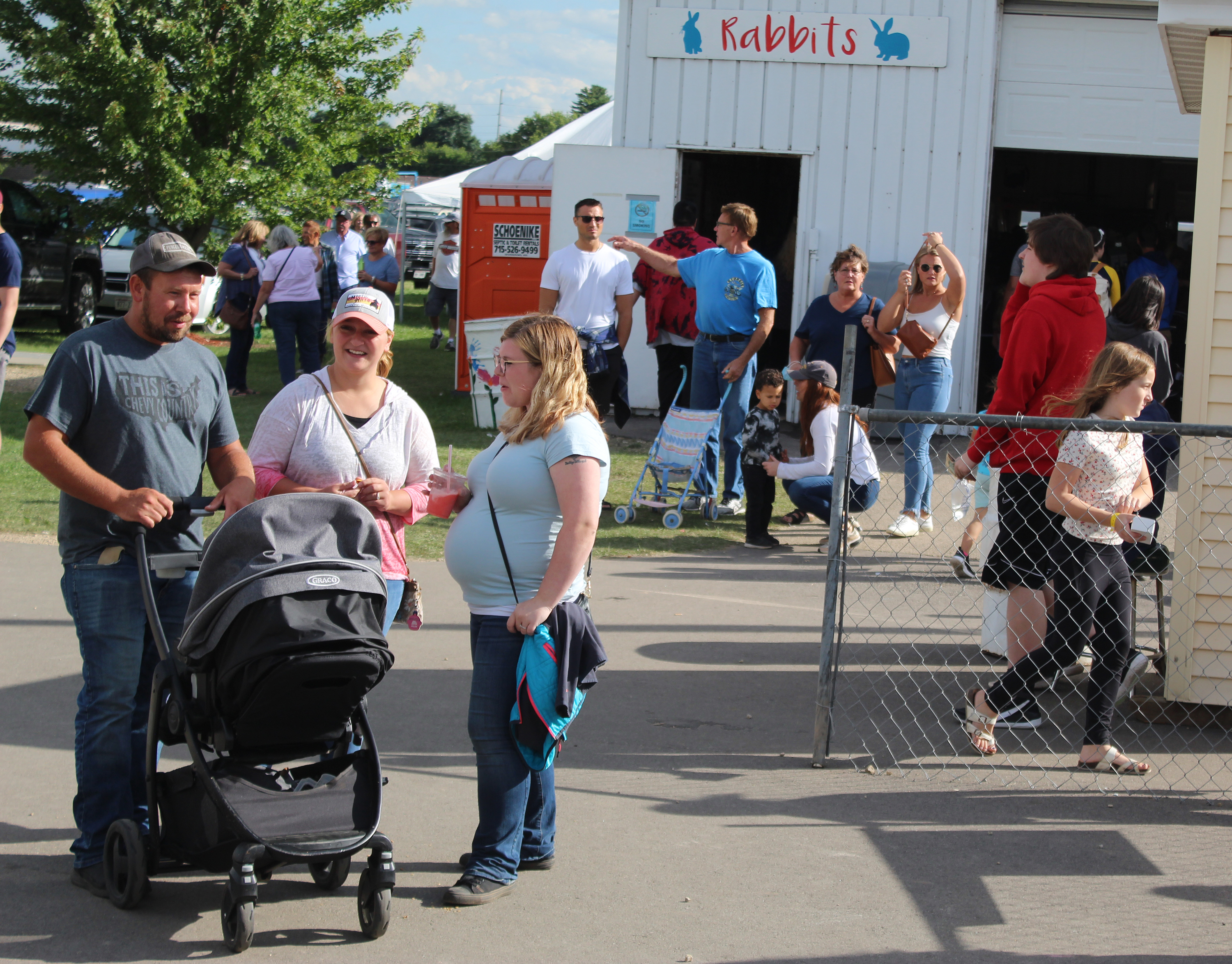 The Shawano County Fair was jam packed with people over the weekend, filling the barns and leaving few vacancies on carnival rides. Sunny weather with temperatures in the mid-70s helped bring thousands of people to the fairgrounds over the Labor Day holiday.<br />(Lee Pulaski   NEW Media)